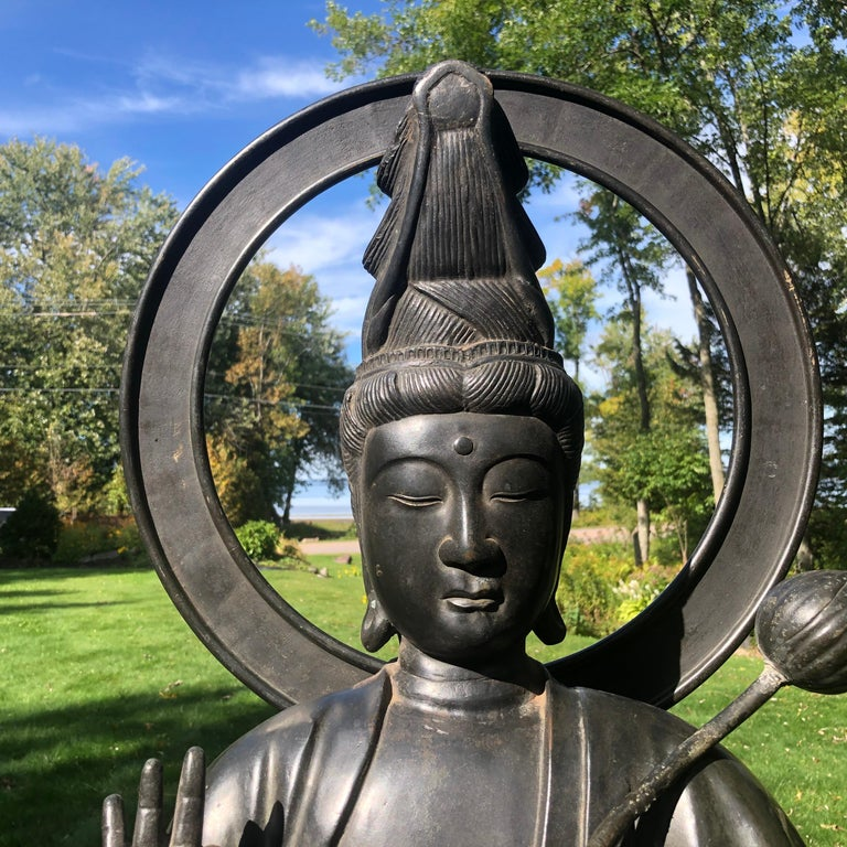 Japan Fine Antique Tall Cast Bronze Kanon Guan Yin of Compassion Lovely Face In Good Condition For Sale In Shelburne, VT