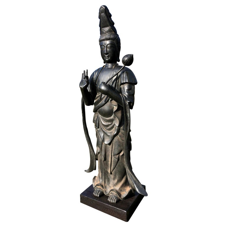 Japan Fine Antique Tall Cast Bronze Kanon Guan Yin of Compassion Lovely Face For Sale