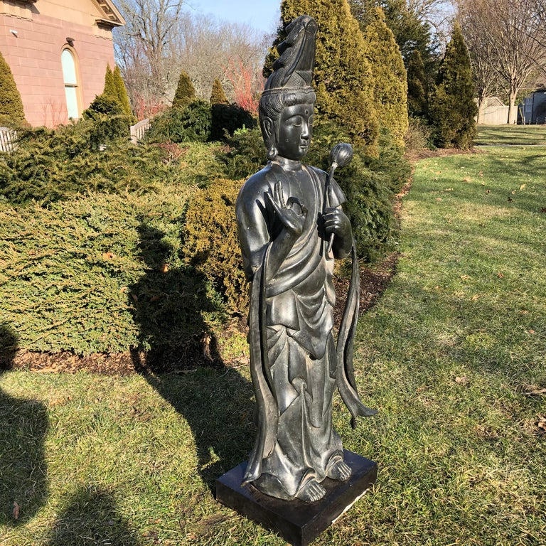Japan Fine Antique Tall Cast Bronze Kanon Guan Yin of Compassion Lovely Face For Sale 12