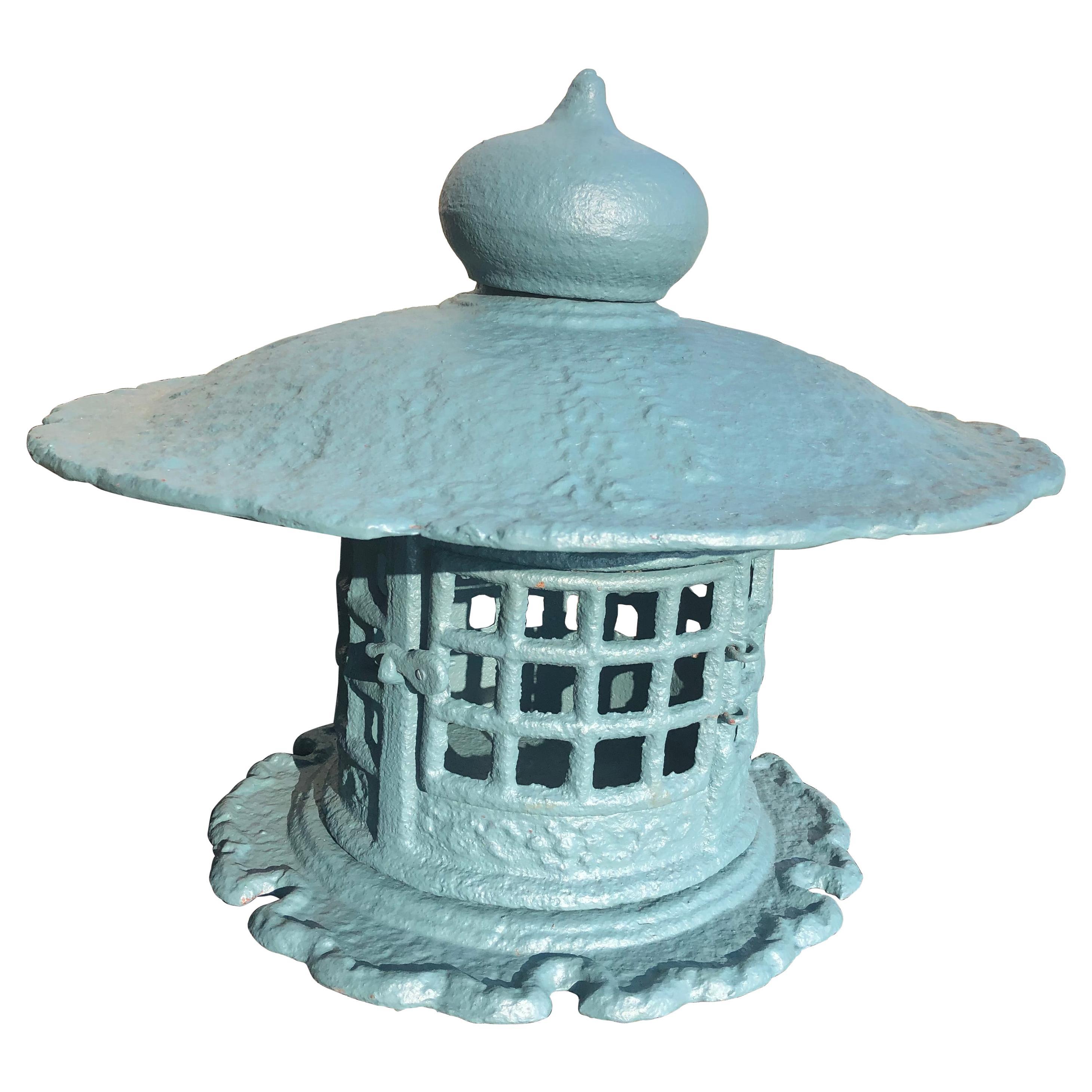 Japan Huge Antique Yukimi Lantern, Signed