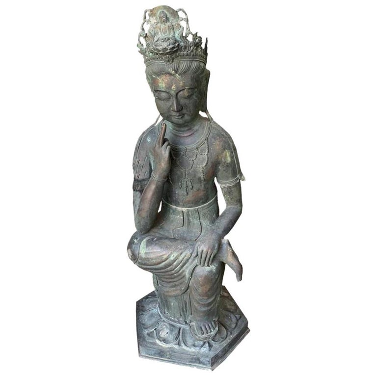 Japan Fine Large & Elegant Antique Bronze Seated Kanon Maitreya Beautiful Face For Sale
