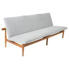 Japan Sofa by Finn Juhl