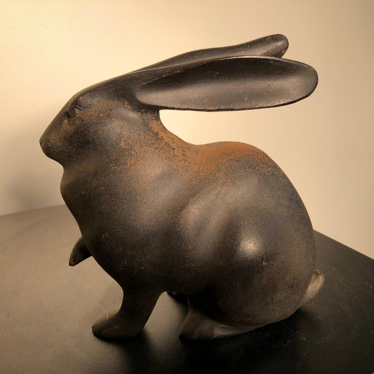 Japan Tall Elegant Antique Bronze Rabbit Usagi Unusual Paw, Well Sculpted & Box In Good Condition For Sale In Shelburne, VT