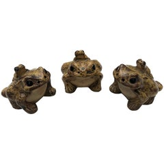 Japan Three Frog Family Playful Piggybacked Critters Bring Smiles to Your Place