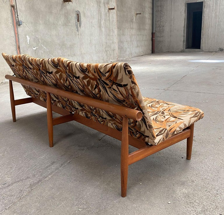 Japan Three-Seat Sofa Designed by Finn Juhl in 1957 Made by France & Son. In Good Condition For Sale In Grenoble, FR