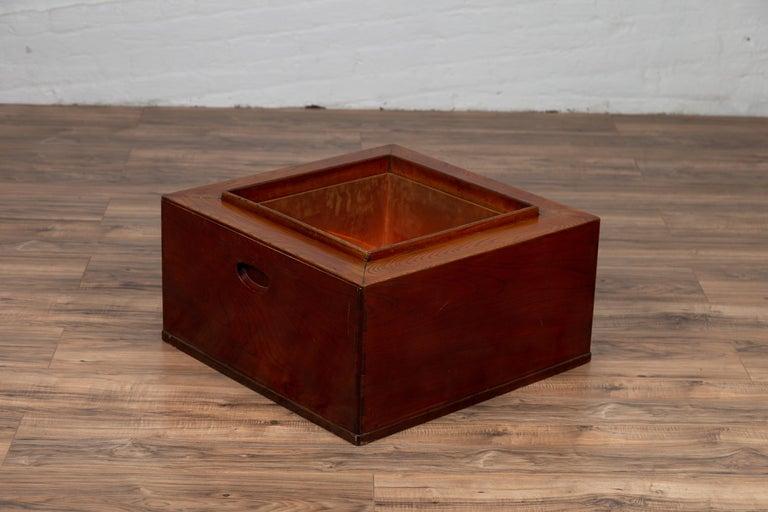 Japanese 19th Century Keyaki Wood Rectangular Hibachi with Copper Liner For Sale 2