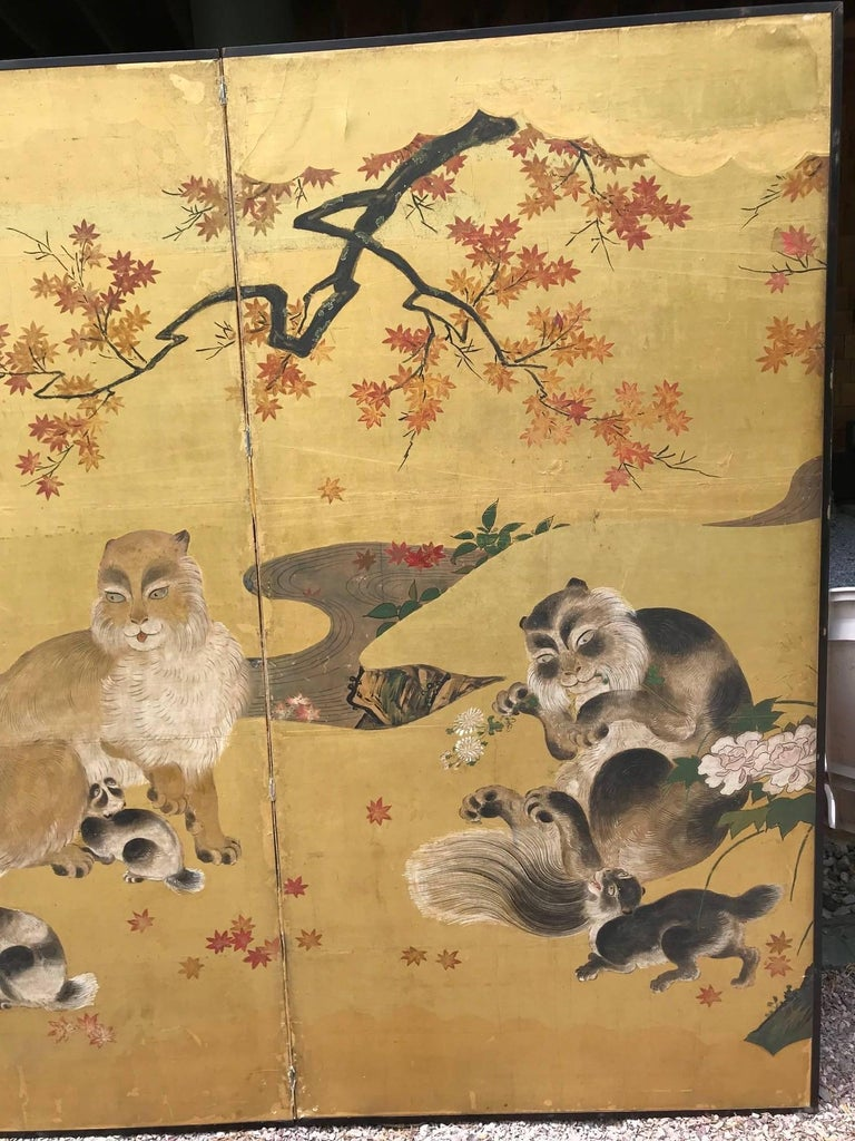 Japanese Antique Edo Cats Two Panel Gold Screen In Good Condition For Sale In Shelburne, VT