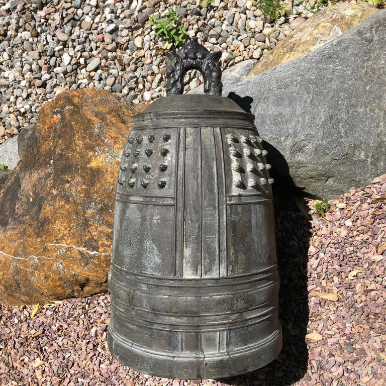 Japanese Big Antique Bronze Bell with Period Signature, Bold Sound For Sale 6