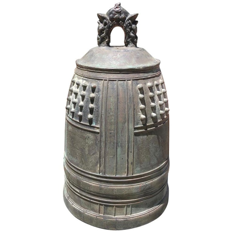 Japanese Big Antique Bronze Bell with Period Signature, Bold Sound For Sale