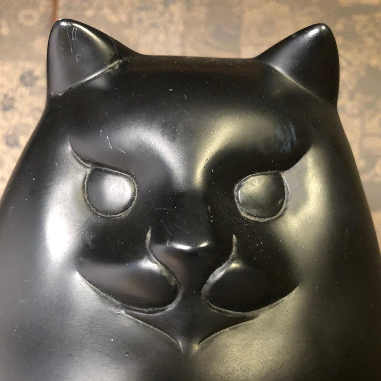 Japanese Big Black Cat with Charming Art Deco Lines and Fine Details For Sale 3