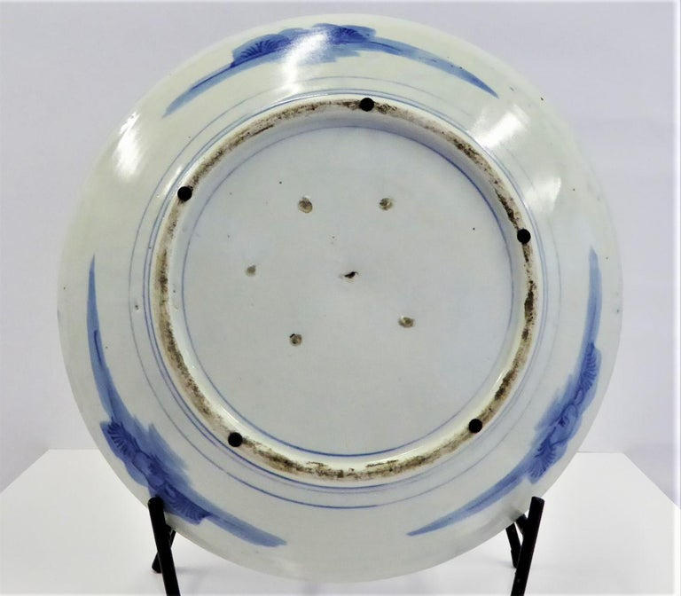 Early 20th Century Japanese Blue and White Arita Charger with Butterflies, Peonies and Sakura For Sale