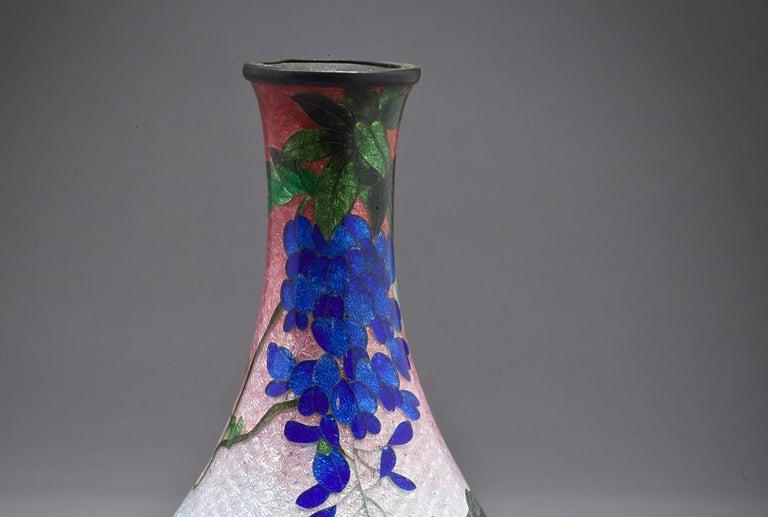 Japanese Cloisonne bud vase, Meiji Period, circa 1880.
