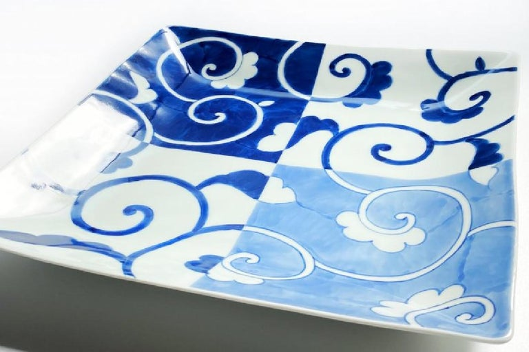 Japanese Contemporary Blue White Porcelain Dinner Plate In New Condition For Sale In Vancouver, CA