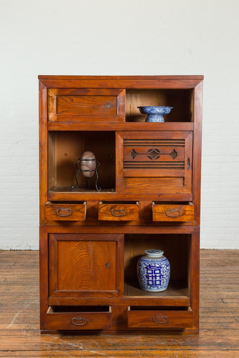 Japanese Early 20th Century Kitchen Tansu Cabinet with Sliding Doors and Drawers In Good Condition For Sale In Yonkers, NY