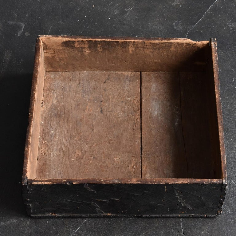 Japanese Edo Period '18th-19th Century' Wooden Box Lid For Sale 8