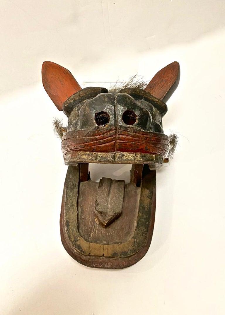 Japanese Edo Period Lion Mask II For Sale 2