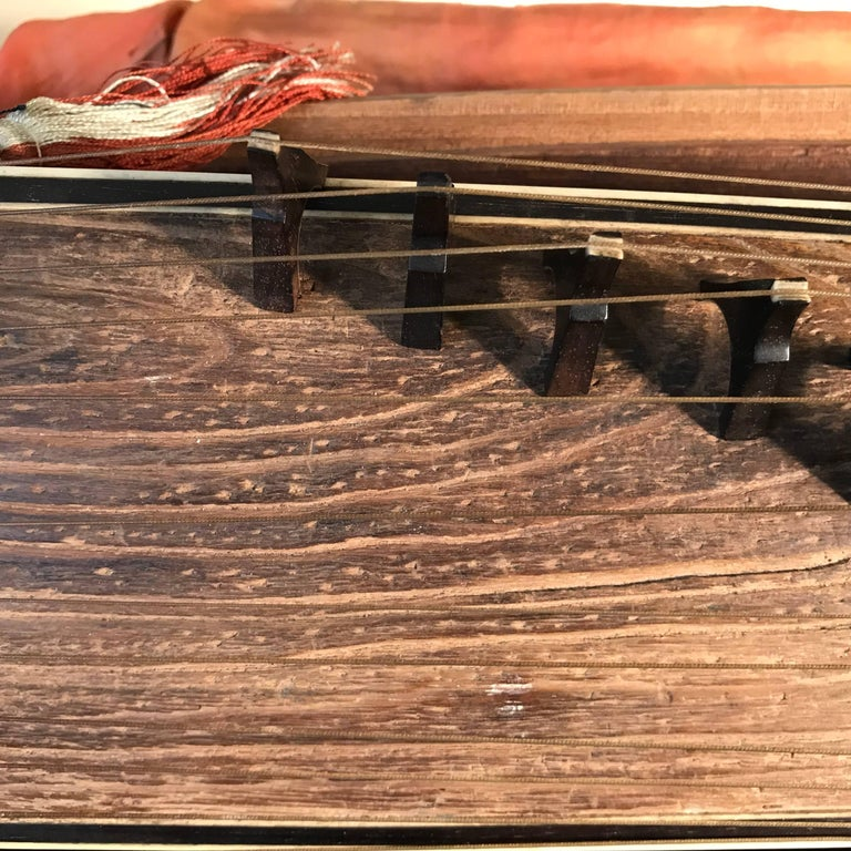 Wood Japanese Fine Antique Lacquered Koto Lute, Rare Violin Size, Meiji, 19th Century For Sale