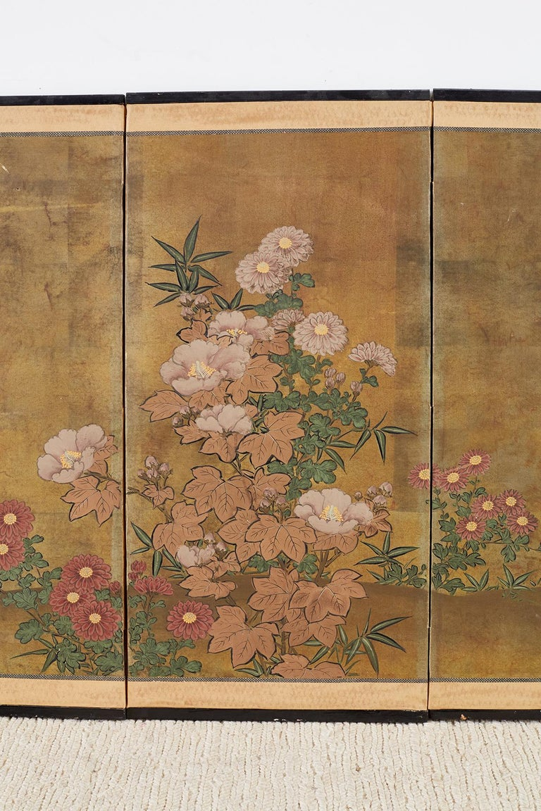 Japanese Four-Panel Flowers of Autumn Byobu Screen In Good Condition In Oakland, CA
