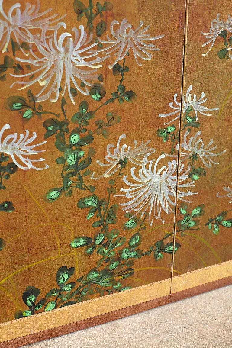 Japanese Four Panel Screen White Chrysanthemums on Gilt For Sale 4