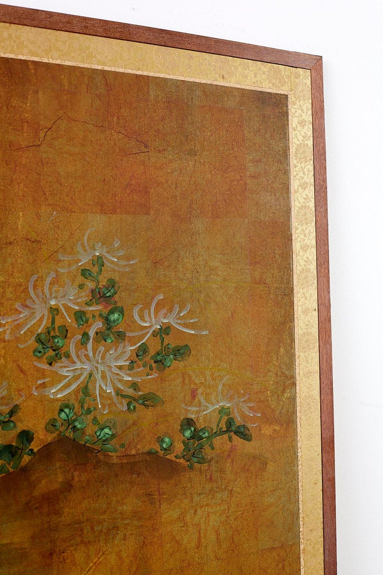 Japanese Four Panel Screen White Chrysanthemums on Gilt For Sale 6