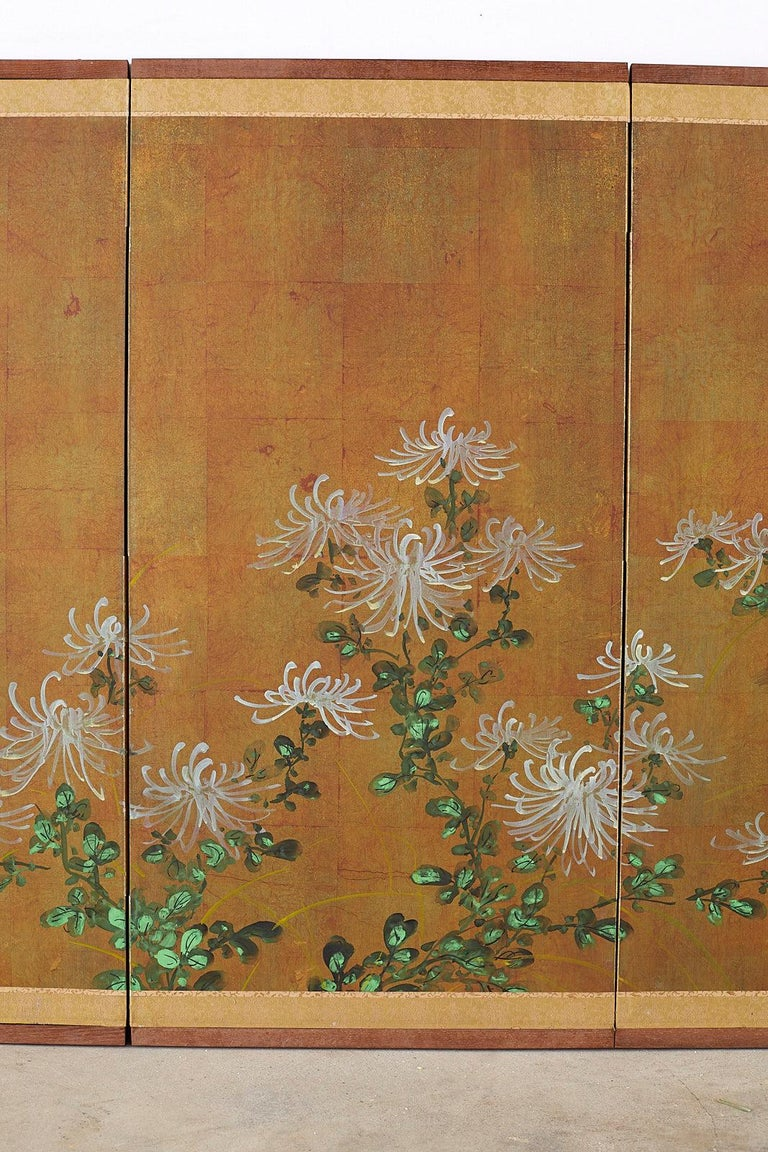 20th Century Japanese Four Panel Screen White Chrysanthemums on Gilt For Sale