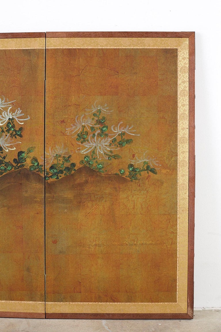 Japanese Four Panel Screen White Chrysanthemums on Gilt For Sale 1