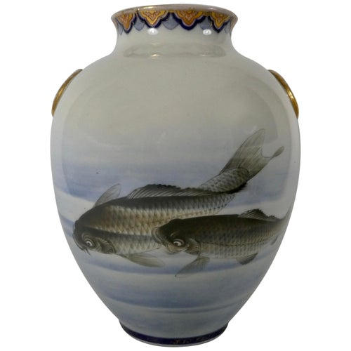 Japanese Fukugawa Vase, Painted with Carp, circa 1890, Meiji Period