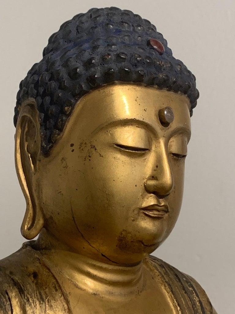 Japanese Giltwood Medicine Buddha, Yakushi Nyorai, Edo Period, Late 18th Century For Sale 9