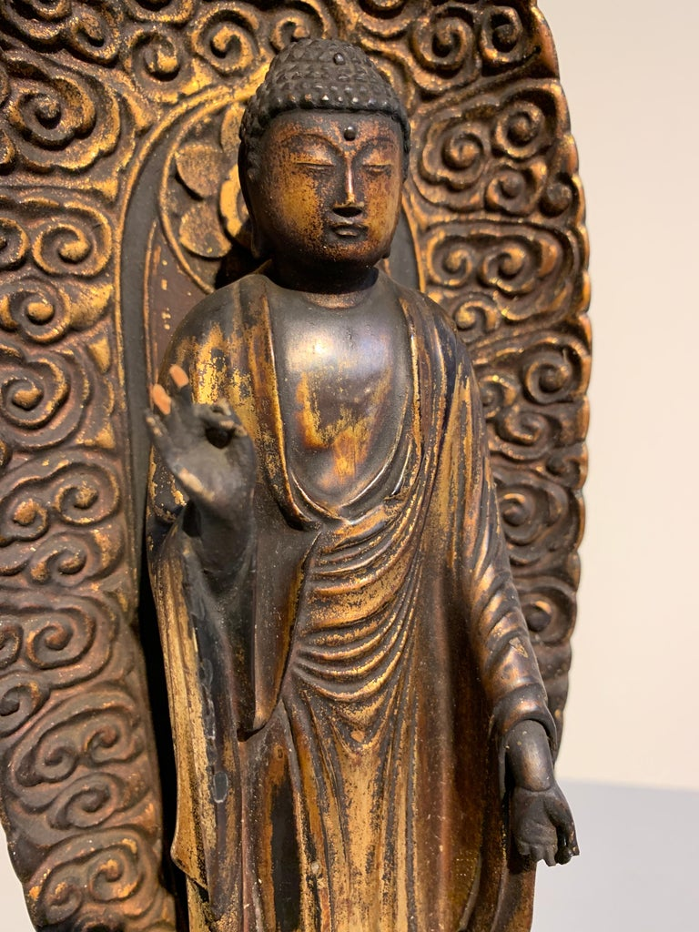 Japanese Giltwood Standing Amida Raigo Buddha, Edo Period, Early 19th century For Sale 1