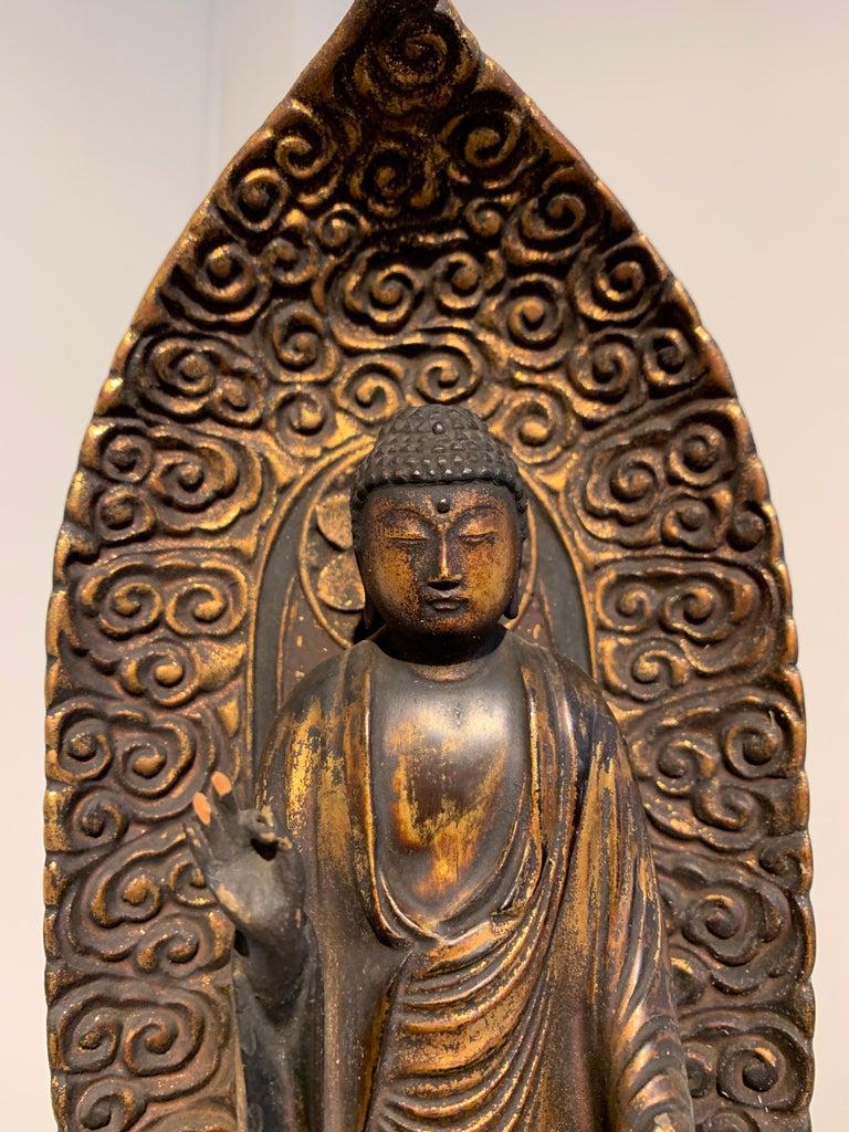 Japanese Giltwood Standing Amida Raigo Buddha, Edo Period, Early 19th century For Sale 2