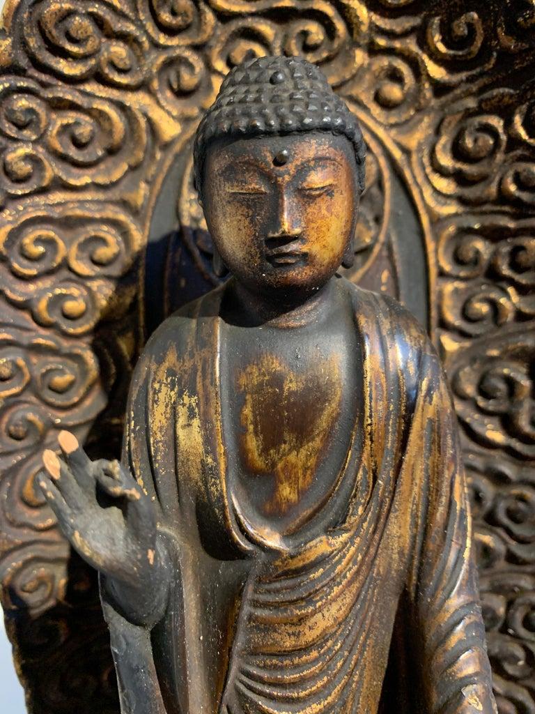 Japanese Giltwood Standing Amida Raigo Buddha, Edo Period, Early 19th century For Sale 3