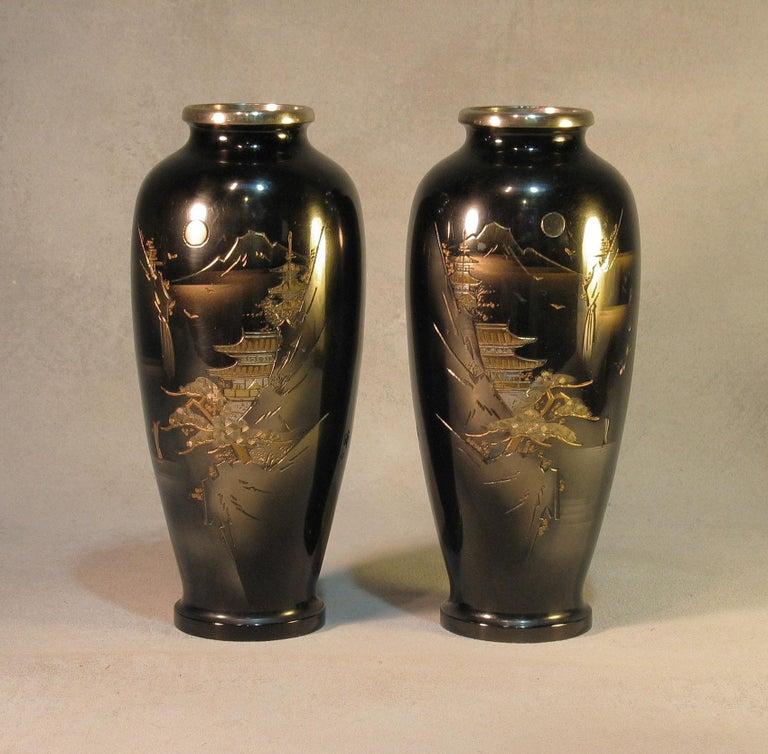 Japanese Ginbari Cloisonne Enamel Vase & Pair of Patinated Bronze Engraved Vases For Sale 3