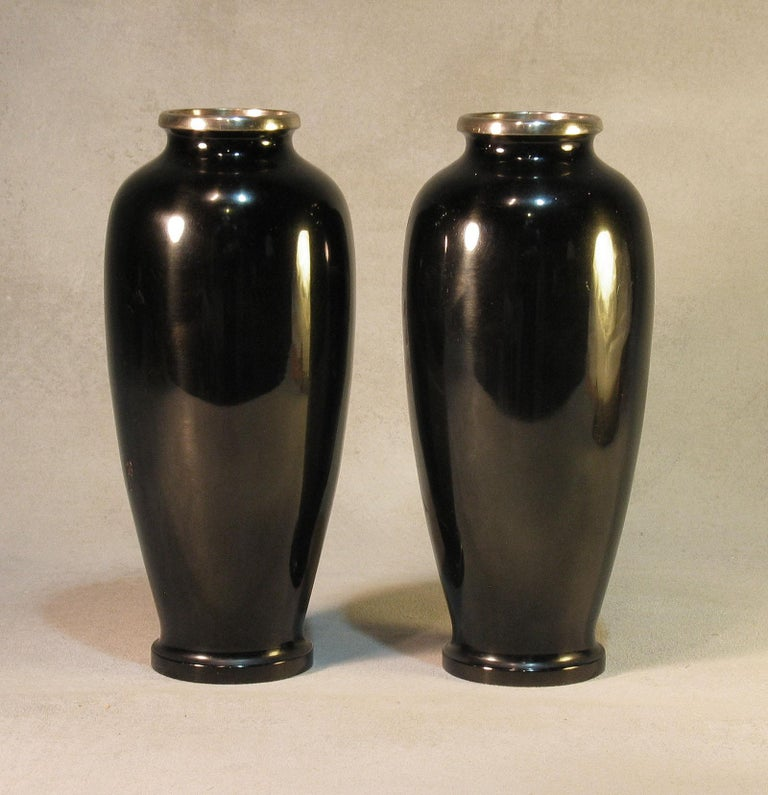 Japanese Ginbari Cloisonne Enamel Vase & Pair of Patinated Bronze Engraved Vases For Sale 4