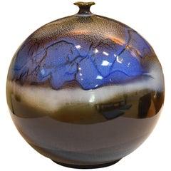 Japanische handglasierte blaue braune Keramikvase von zeitgenössischen Meisterkünstler