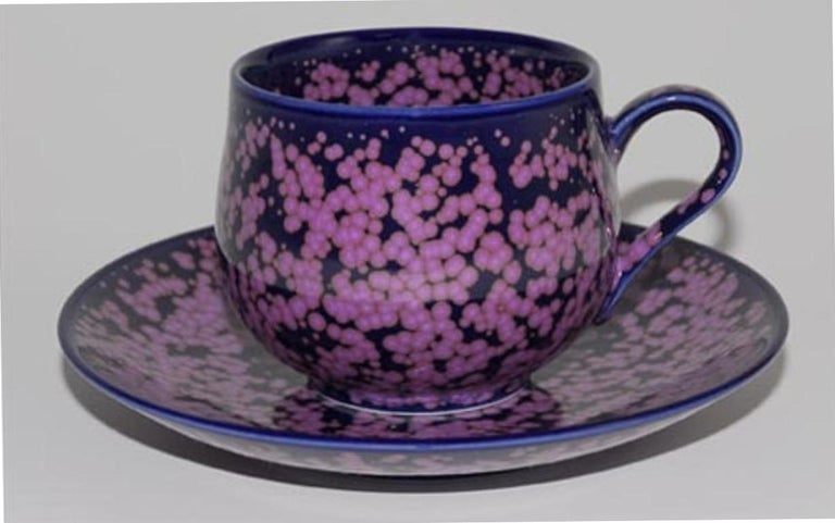 Japanese Hand-Glazed Turquoise Porcelain Cup and Saucer by Master Artist For Sale 4