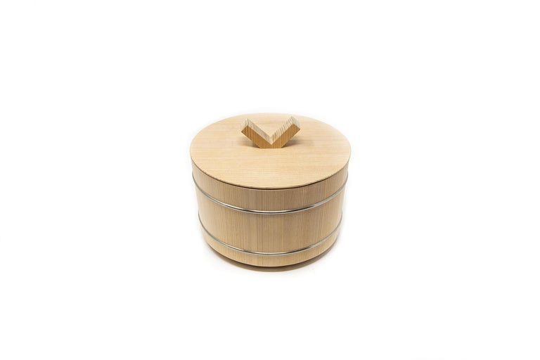 Japanese Hinoki Cypress Wood Rice Container 'Shōri' For Sale 2