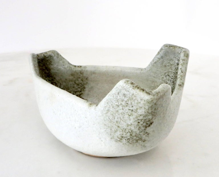 Japanese Ikebana Ceramic Vase with an Abstract Highly Textured White Glaze In Excellent Condition For Sale In Chicago, IL