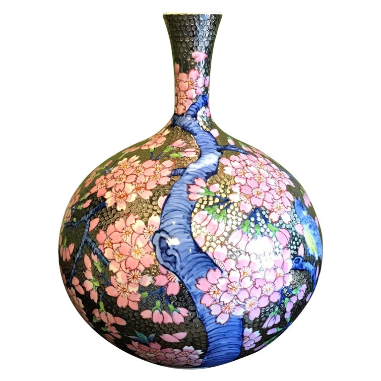 Japanese Imari Contemporary Gilded Porcelain Vase by Master Artist For Sale