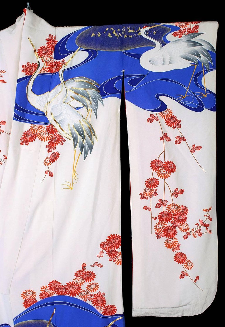 Vintage Silk Gold  Brocade Japanese Ceremonial Kimono, Art Deco Style For Sale 6