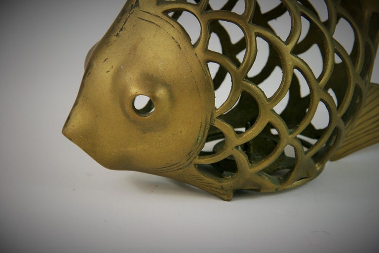 Japanese Koi Fish Brass Garden Candle Tea Lantern Sculpture In Good Condition For Sale In Douglas Manor, NY