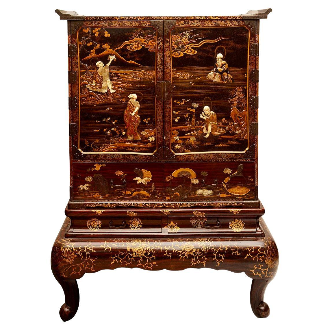 Japanese Lacquer Meiji Period Cabinet on Stand, circa 1890