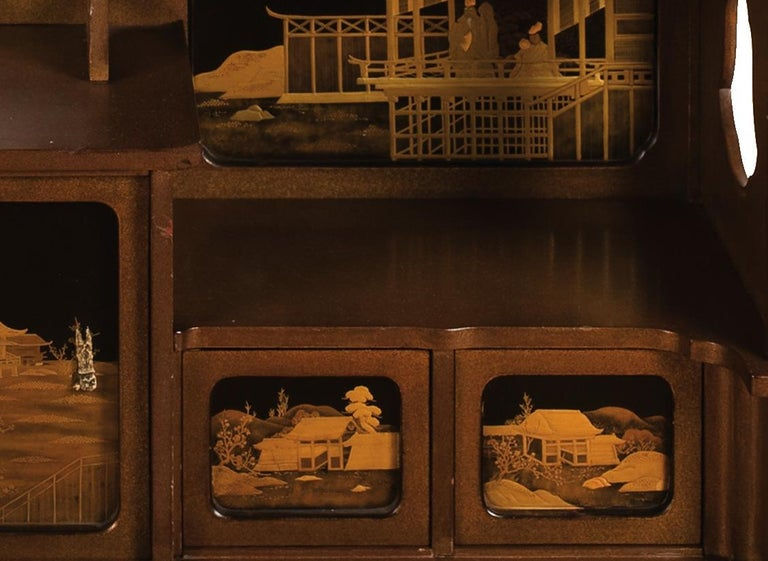 Japanese Lacquered Cabinet 'Shodana' from the Arashiyama Museum, 19th Century In Good Condition For Sale In Milano, IT