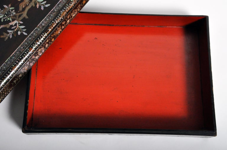 Japanese Lacquerware Box with Mother of Pearl For Sale 12