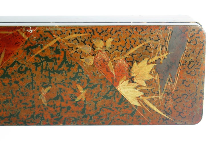 20th Century Japanese Laquered Box with Hinged Lid and Lock, Taisho Period, circa 1920 For Sale