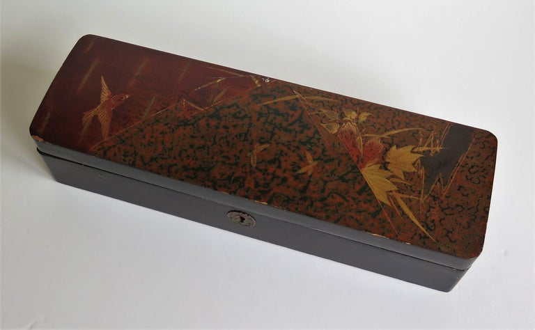 Japanese Laquered Box with Hinged Lid and Lock, Taisho Period, circa 1920 For Sale 1