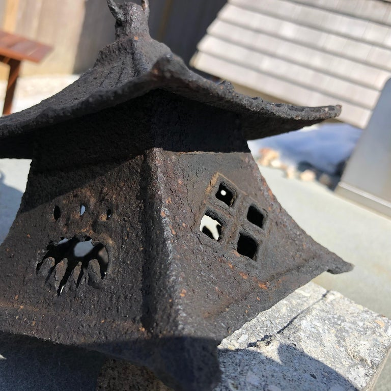 Japanese Large Antique Tea House Lantern and Wind Chime, Fine Details 150 Years For Sale 4
