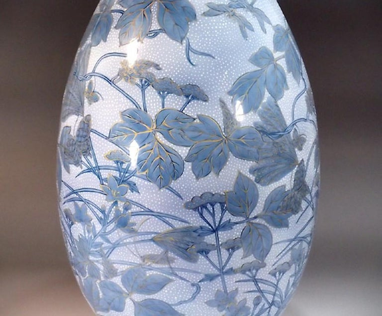 Japanese Large Blue Porcelain Vase by Master Artist In New Condition For Sale In Vancouver, CA