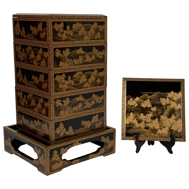 Japanese Maki-e Lacquer Stacking Box, Jubako, Meiji Period, Japan