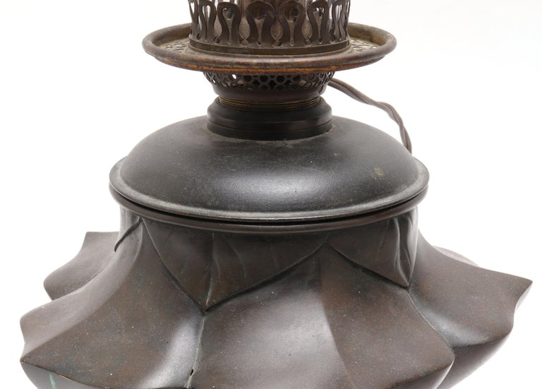 Japanese Meiji Bronze Lotus Electrified Oil Table Lamp For Sale 1