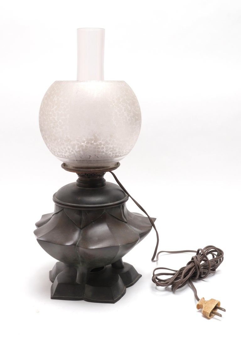 Japanese Meiji Bronze Lotus Electrified Oil Table Lamp For Sale 2